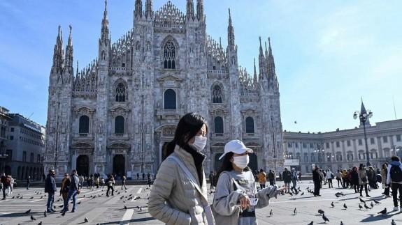"""VIVA LA RADIO. Estudiante de la UMU en Italia: """"La gente sigue saliendo a la calle a tomar café y pasear"""""""