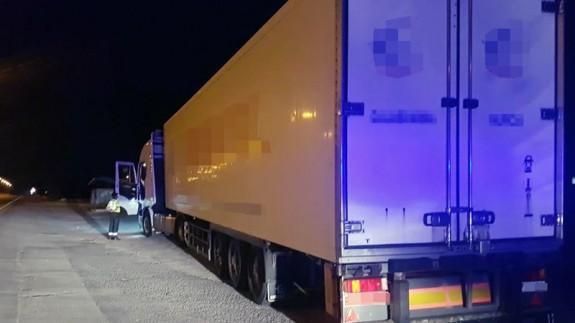Imagen del camión que conducía el detenido