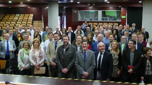 Reunión del consejero con los responsables de las áreas de Salud