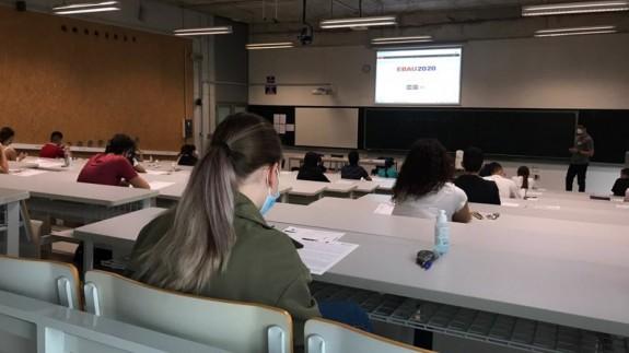 Un aula del Campus de Espinardo durante la EBAU. ORM