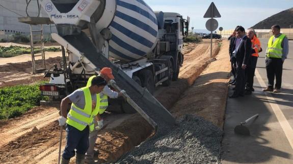 Obras de reparación de la carretera regional RM-F27 en Torre Pacheco