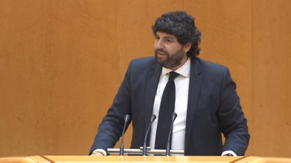 López Miras durante su intervención en el Senado