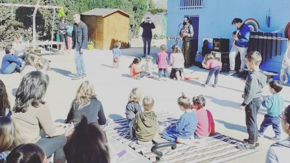 Niños del CEIP de Lébor en actividad escolar. Foto: AMPA Lébor.