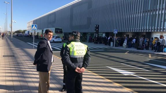 El aeropuerto de Corvera gestiona 235 operaciones durante el cierre temporal de El Altet