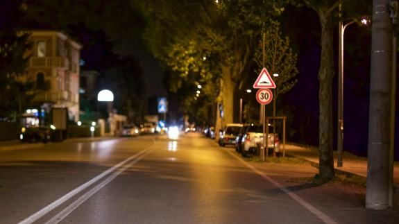 El nuevo límite de 30 por hora en calles con un solo carril y doble sentido entra en vigor este 11 de mayo