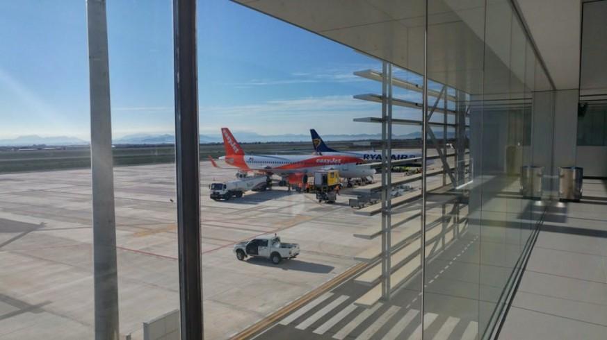 Vuelos en el aeropuerto de Corvera