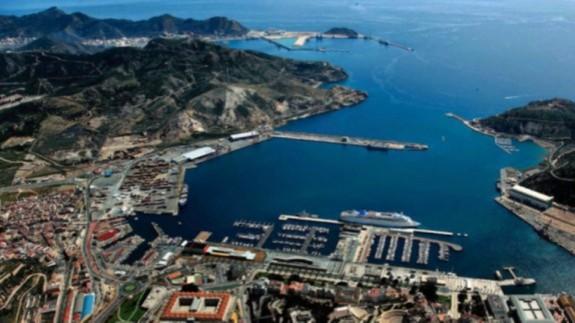 Una investigación en el puerto de Cartagena analiza como mitigar el ruido del tráfico marino