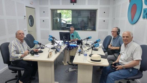 Juan Cano Conesa, Miguel Ángel Díaz y Alfonso Rodriguez Belmonte con Miguel Massotti en Onda Regional