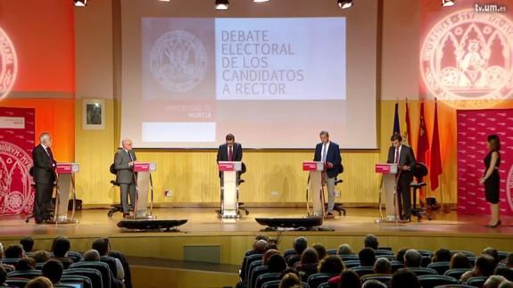 Un momento del debate
