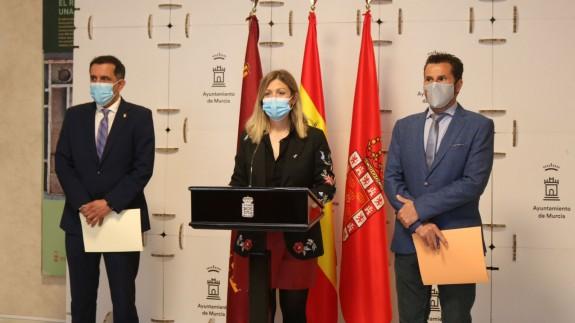 Serrano, Pérez y Gómez, en rueda de prensa. AYTO. MURCIA