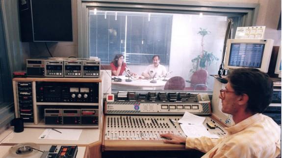 «24 horas de autonomía en radio»