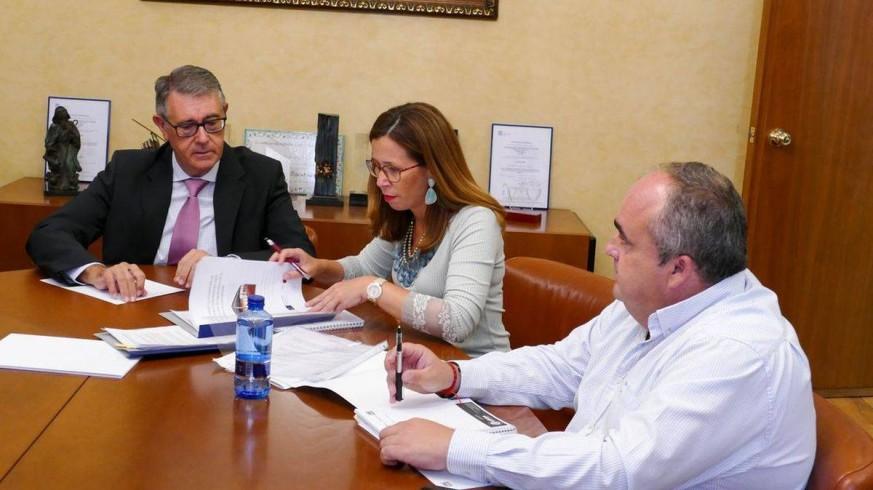 Reunión entre Castejón y Urrea