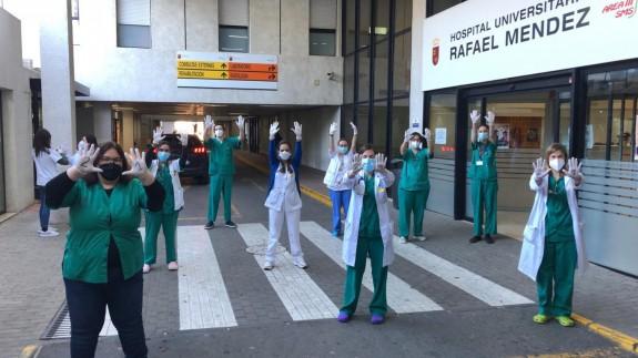 Protesta de los sanitarios en el Rafael Méndez de Lorca
