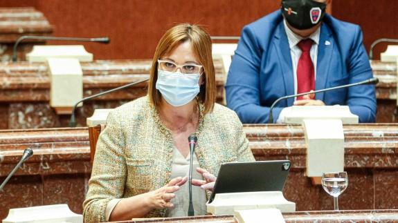 Franco presenta los presupuestos de su departamento en la Asamblea Regional. ABEL F. ROS - CARM