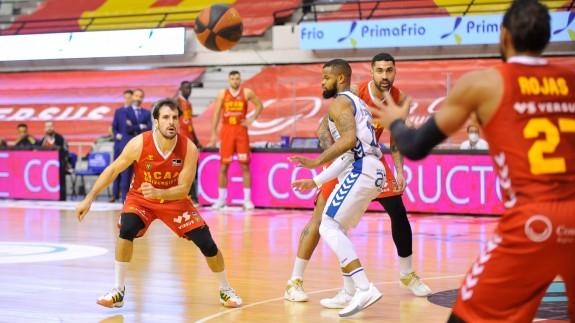 El físico penaliza al UCAM Murcia ante San Pablo Burgos| 75-81