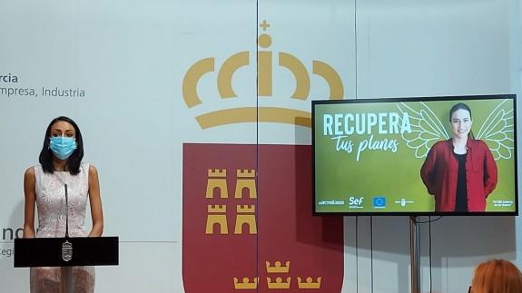 La consejera de Empresa, Empleo, Universidades y Portavocía, Valle Miguélez, presenta el plan Recupera COVID 2021