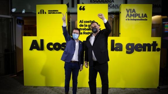 Pere Aragonès, junto al líder de ERC, Oriol Junqueras