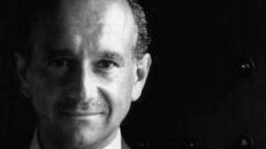 """VIVA LA RADIO. Las Cuentas del Gran Capitán. Sacamos a la """"pizarra"""" al economista JOSÉ Mª O'KEAN"""