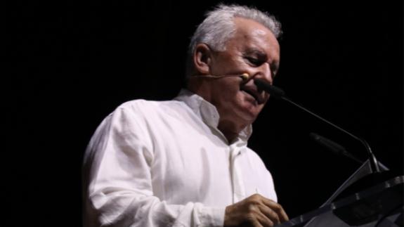Víctor Manuel durante el pregón del Cante de las Minas de La Unión