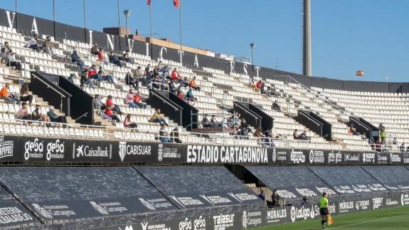 El Estadio Cartagonova tendrá público para el partido frente al Almería