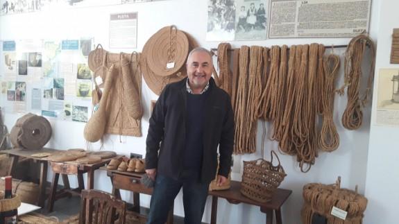 Antonio Balsalobre en el Museo del Esparto de Cieza.
