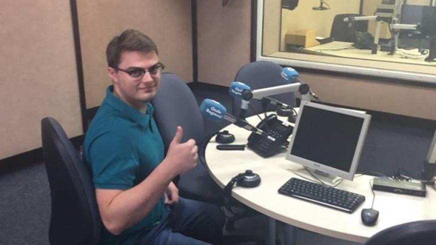 VIVA LA RADIO. Miguel Ángel Navarro, estudiante de electrónica de la UPCT: Tenemos derecho a conocer la calidad del aire que respiramos