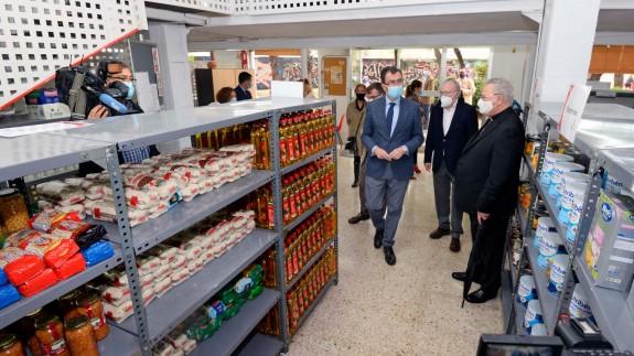 Apertura del nuevo centro de distribución de alimentos en Murcia