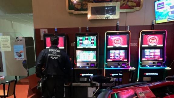 Salón de juego denunciado en Caravaca
