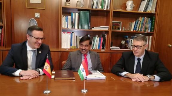 Visita de la delegación india a la CHS