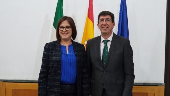 Reunión en Sevilla entre Isabel Franco y Juan Marín