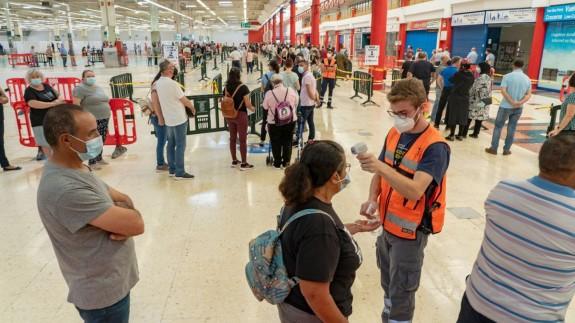SATSE denuncia las altas temperaturas en el centro de vacunación de Cartagena