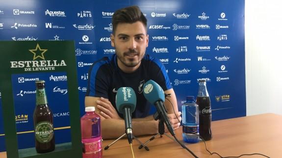 """Luis Fernández: """"Con Merino ahora somos más prácticos, la gran diferencia es que se ganó..."""""""