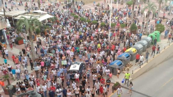 Protesta multitudinaria en Puerto de Mazarrón