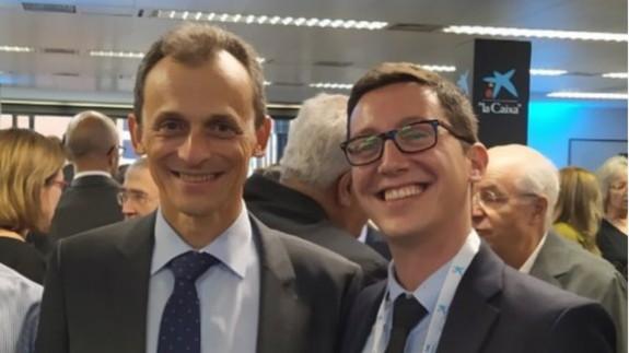Miguel Mompeán (a la derecha) con el Ministro de Ciencia, Pedro Duque