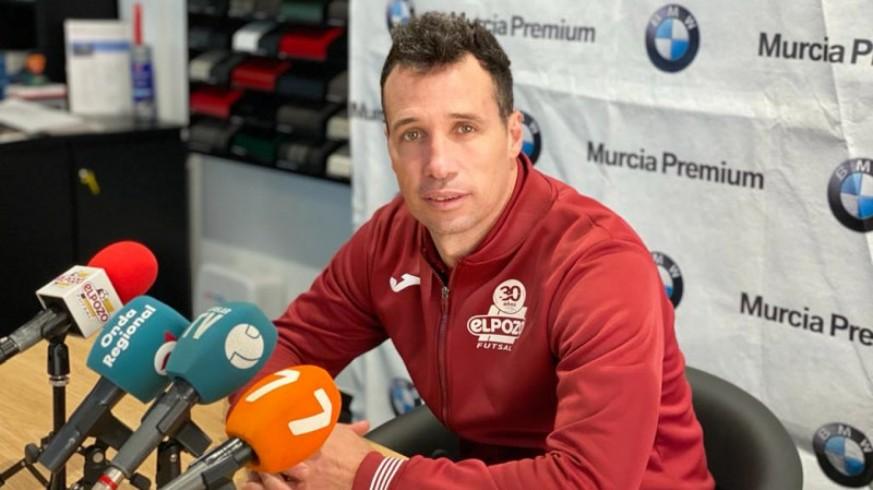 "Diego Giustozzi: ""No me fío de la mala clasificación del UMA Antequera"""