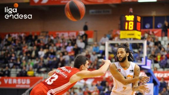 El UCAM Murcia cae 75-86 ante Baskonia