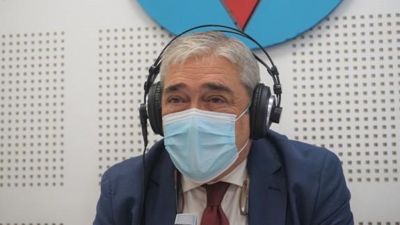 Francisco Álvarez en los estudios de Onda Regional