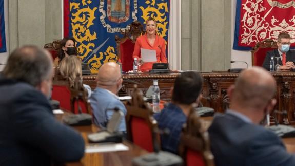 """Castejón: """"Dejo el cargo en manos de una gran mujer que será una gran alcaldesa"""""""
