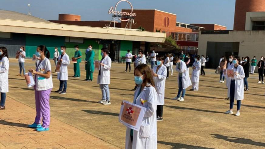 Imagen de archivo de una protesta de los MIR en la Arrixaca. ORM
