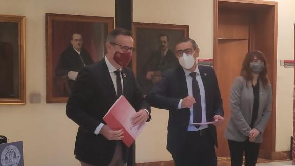 Diego Conesa junto al rector de la UMU en un acto este lunes