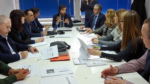 El consejero de Empleo, Miguel Motas, preside la comisión de estrategia laboral