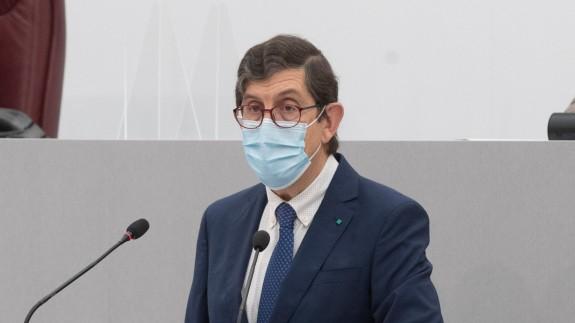 Villegas durante su comparecencia el miércoles en la Asamblea