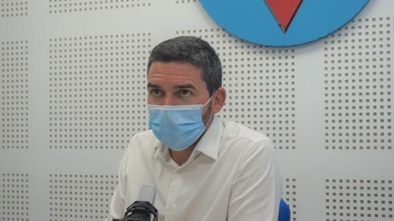Antonio Luengo en los estudios de Onda Regional