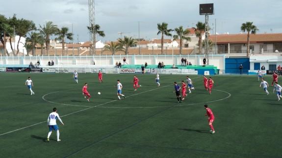 El Pinatar vence 1-0 al Lorca B