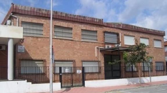 Imagen del colegio público La Paz en San Javier. Foto: Educarm.