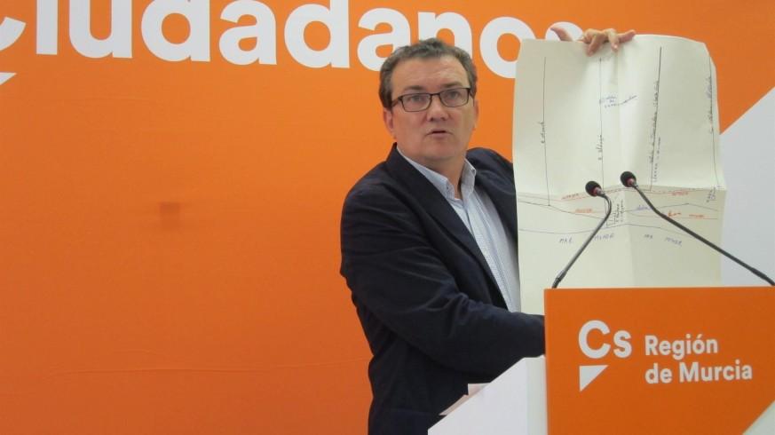 Miguel Garaulet en rueda de prensa