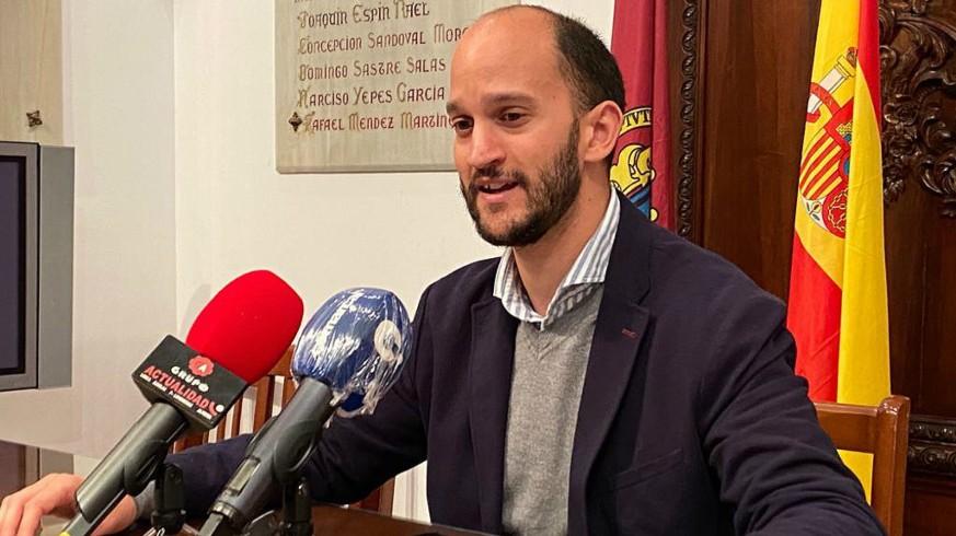 """TARDE ABIERTA. José Ángel Ponce: """"La vacunación en Lorca va bien, pero se está generando confusión en las convocatorias"""""""