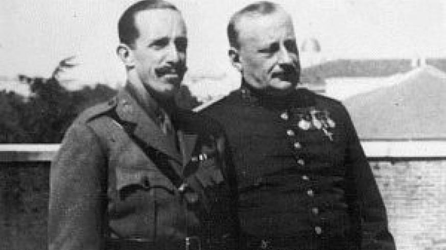 """VIVA LA RADIO. Elogio a la palabra hablada. Miguel Primo de Rivera: """"cirujano de hierro"""", llamado a salvar a la patria."""