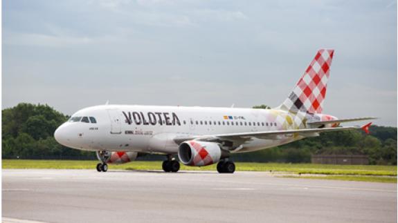 Volotea conectará Murcia con Bilbao y Santander este verano. VOLOTEA