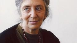 CLUB DE CIENCIAS - Clara Janés, la poetisa que se inspira en la ciencia